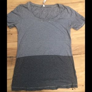 Lululemon striped t shirt size 6